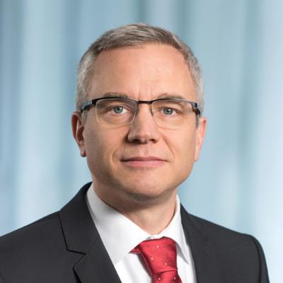 Mr. Robert Itschner
