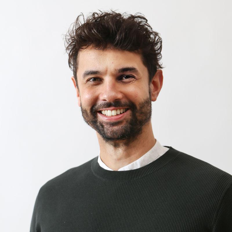 Mr. Pedro Schmidt